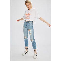 Adidas Originals - Top. Szare topy damskie marki adidas Originals, na co dzień, z nadrukiem, z bawełny, casualowe, z okrągłym kołnierzem, proste. W wyprzedaży za 119,90 zł.