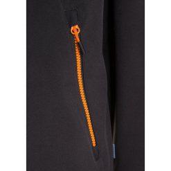 Meru KOKKOLA Kurtka Softshell dark grey. Szare kurtki chłopięce przeciwdeszczowe Meru, z elastanu. W wyprzedaży za 174,30 zł.