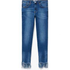 Mango - Jeansy Upshark. Niebieskie jeansy damskie Mango, z bawełny. W wyprzedaży za 79,90 zł.