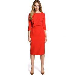Czerwona Sukienka Wizytowa Midi z Kimonowym Rękawem 3/4. Czerwone sukienki koktajlowe Molly.pl, do pracy, l, w jednolite wzory, ze skóry, midi, dopasowane. Za 134,90 zł.