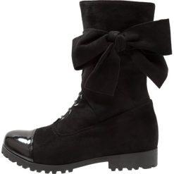 Cassis côte d'azur CENDRILLON Kozaki noir. Czarne buty zimowe damskie Cassis côte d'azur, z materiału. W wyprzedaży za 314,25 zł.