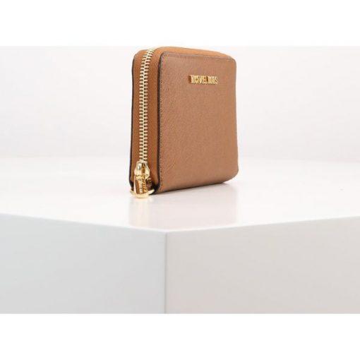 35a04b8f77a9c MICHAEL Michael Kors JET SET TRAVEL Portfel luggage - Pomarańczowe ...