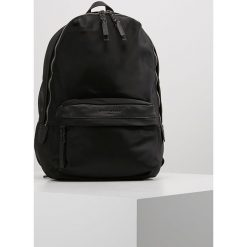 Plecaki damskie: Liebeskind Berlin JOYCE MULTIPOCKET Plecak black