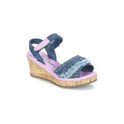 Sandały Dziecko  Skechers  TIKIS. Czerwone sandały dziewczęce marki Born2be, z materiału, z otwartym noskiem, na zamek. Za 143,20 zł.