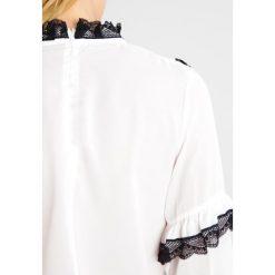 Bluzki asymetryczne: Navy London AUDREY Bluzka white