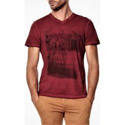 T-shirty męskie: T-shirt w kolorze bordowym