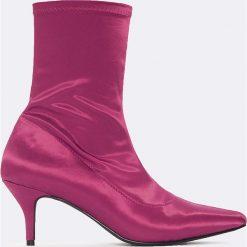 Botki damskie lity: NA-KD Shoes Satynowe botki z miękką cholewką - Purple