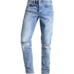 Jeansy męskie regular: Antioch KNEE RIPS AND RAW Jeansy Relaxed Fit light wash indigo