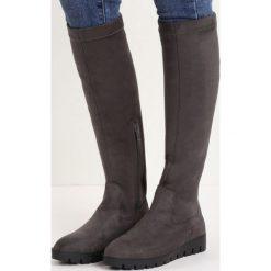 Ciemnoszare Kozaki Angry Girl. Szare buty zimowe damskie marki Born2be, z materiału, na obcasie. Za 109,99 zł.