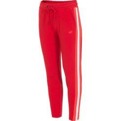 Spodnie dresowe damskie: Spodnie dresowe damskie SPDD210 - czerwony