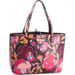 Torebka GUESS - HWFR64 22150 RDB. Brązowe torebki klasyczne damskie Guess, z aplikacjami, ze skóry ekologicznej. Za 599,00 zł.