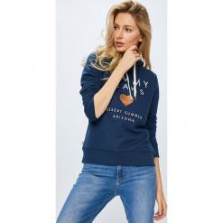 Tommy Jeans - Bluza. Szare bluzy rozpinane damskie Tommy Jeans, l, z nadrukiem, z bawełny, z kapturem. Za 359,90 zł.