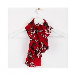 """Chustka """"Moubike"""" w kolorze czerwonym - 90 x 90 cm. Czerwone chusty damskie Scottage, z jedwabiu. W wyprzedaży za 58,95 zł."""