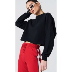 Bluzy rozpinane damskie: NA-KD Urban Bluza nietoperz z surowym brzegiem - Black