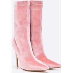 Public Desire - Botki Pink Velvet. Różowe botki damskie na obcasie marki Public Desire, z materiału. W wyprzedaży za 89,90 zł.
