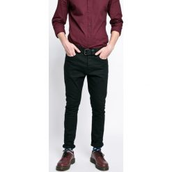 Brave Soul - Jeansy. Czarne jeansy męskie z dziurami marki Brave Soul. W wyprzedaży za 89,90 zł.