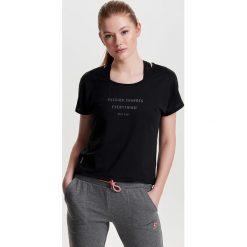 T-shirty damskie: T-shirt z okrągłym dekoltem i wzorem z przodu
