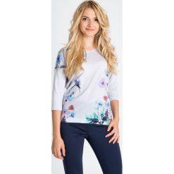 Bluzki damskie: Bluzka ecru z delikatnymi kwiatami QUIOSQUE