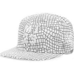 Czapka męska snapback biała (hx0218). Białe czapki z daszkiem męskie marki Dstreet, z haftami, eleganckie. Za 69,99 zł.