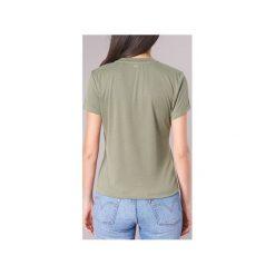 Bluzki Guess  YSMOCOUF. Zielone bluzki damskie Guess, l, z aplikacjami. Za 159,20 zł.