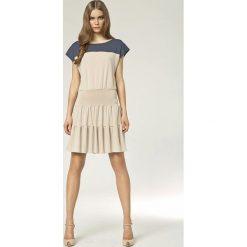 Beżowa Sukienka z Falbankami. Brązowe sukienki Molly.pl, na co dzień, xxl, z dresówki, z falbankami, dopasowane. Za 124,90 zł.