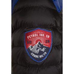 Petrol Industries Kurtka zimowa black. Niebieskie kurtki chłopięce zimowe marki Petrol Industries, z materiału. W wyprzedaży za 239,20 zł.