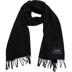 Szal CALVIN KLEIN - Classic Wool Scarf W K60K604720 001. Czarne szaliki damskie marki Calvin Klein, z materiału. Za 279,00 zł.