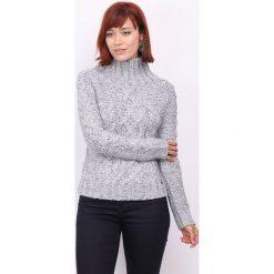 Sweter w kolorze szarym. Szare swetry klasyczne damskie marki DN.SIXTYSEVEN, xxs, z dzianiny, ze stójką. W wyprzedaży za 152,95 zł.