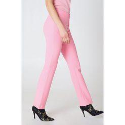 2NDDAY Spodnie Create - Pink. Różowe spodnie z wysokim stanem 2NDDAY, z haftami. W wyprzedaży za 194,39 zł.