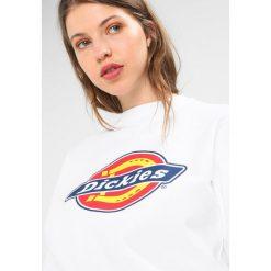 Dickies HARRISON Bluza white. Szare bluzy męskie marki Dickies, na zimę, z dzianiny. Za 219,00 zł.