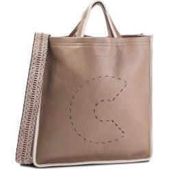 Torebka COCCINELLE - CJ0 C Bag E1 CJ0 18 01 01 Taupe/Seachell 910. Brązowe torebki klasyczne damskie Coccinelle, ze skóry. W wyprzedaży za 1079,00 zł.
