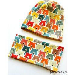 KOMPLET _ CZAPKA BEANIE + KOMIN w MISIE. Szare czapeczki niemowlęce marki Pakamera, w kolorowe wzory, z dresówki. Za 75,00 zł.