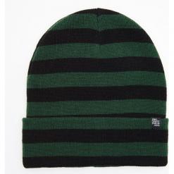 Czapka w paski - Zielony. Zielone czapki męskie Cropp, w paski. Za 39,99 zł.