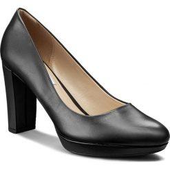 Półbuty CLARKS - Kendra Sienna 261188424 Black Leather. Czarne półbuty damskie skórzane Clarks, eleganckie, na obcasie. W wyprzedaży za 249,00 zł.