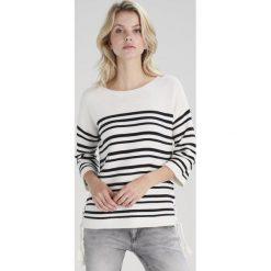 Swetry klasyczne damskie: White Stuff CLIFF STRIPE  Sweter pearl