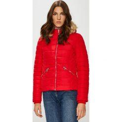 Tally Weijl - Kurtka. Czerwone kurtki damskie pikowane marki TALLY WEIJL, z elastanu, z kapturem. Za 219,90 zł.