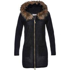 Sweter rozpinany ze sztucznym futerkiem bonprix czarny. Czarne kardigany damskie bonprix. Za 119,99 zł.