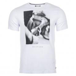 Mustang T-Shirt Męski, L, Biały. Czarne t-shirty męskie z nadrukiem marki Mustang, l, z bawełny, z kapturem. Za 128,00 zł.