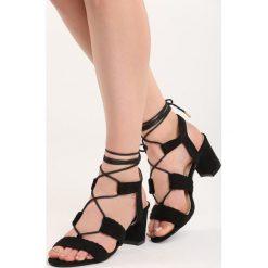 Rzymianki damskie: Czarne Sandały Erva