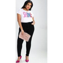 Rurki damskie: Zalando Essentials Curvy Jeans Skinny Fit black denim