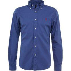 Polo Ralph Lauren SLIM FIT Koszula light navy. Szare koszule męskie slim marki Polo Ralph Lauren, l, z bawełny, button down, z długim rękawem. Za 419,00 zł.