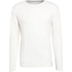 Knowledge Cotton Apparel SMALL DIAMOND Sweter winter white. Białe swetry klasyczne męskie Knowledge Cotton Apparel, m, z bawełny. Za 459,00 zł.