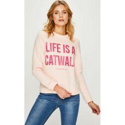Answear - Bluza Watch Me. Szare bluzy z nadrukiem damskie marki ANSWEAR, l, z bawełny, bez kaptura. W wyprzedaży za 79,90 zł.