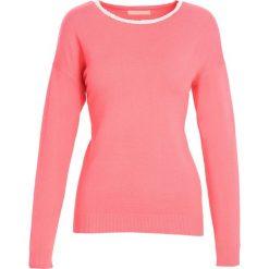 Koralowy Sweter Stand Alone. Pomarańczowe swetry klasyczne damskie marki Born2be, na jesień, l. Za 39,99 zł.