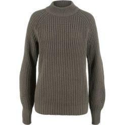 Swetry damskie: Sweter ze stójką bonprix ciemnooliwkowy