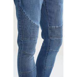 Urban Classics Jeansy Slim Fit blue washed. Niebieskie jeansy męskie marki Urban Classics, l, z okrągłym kołnierzem. W wyprzedaży za 135,85 zł.