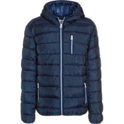 Kaporal NETER Kurtka zimowa navy. Niebieskie kurtki chłopięce zimowe Kaporal, z materiału. W wyprzedaży za 230,30 zł.