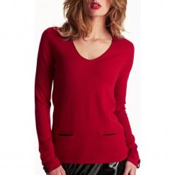 Sweter kaszmirowy w kolorze czerwonym. Czerwone swetry klasyczne damskie marki Ateliers de la Maille, z kaszmiru. W wyprzedaży za 454,95 zł.