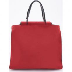 Duża torba z ozdobnym uchwytem - Czerwony. Czerwone torebki klasyczne damskie Reserved, duże. Za 159,99 zł.