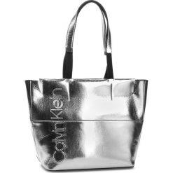 Shopper bag damskie: Torebka CALVIN KLEIN - Dual Shopper Metalic K60K604658 904